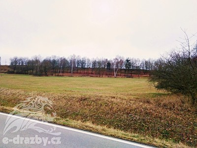 Prodej  stavebního pozemku 5665m²