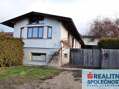 Prodej  rodinného domu 300m², pozemek 531m²