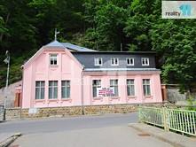 Prodej  rodinného domu 330 m², pozemek 278 m²
