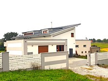 Prodej  rodinného domu 238 m², pozemek 1 403 m²